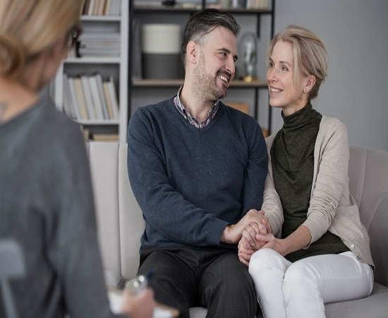 زوج درمانی چیست؟ و به چه مسائلی می پردازد؟