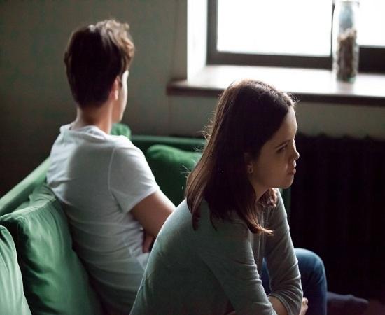 برای درمان لجبازی زنان و شوهر بپذیرید که او غیر قابل تغییر است