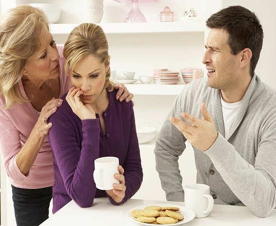از دخالت های مادرشوهرم خسته شدم