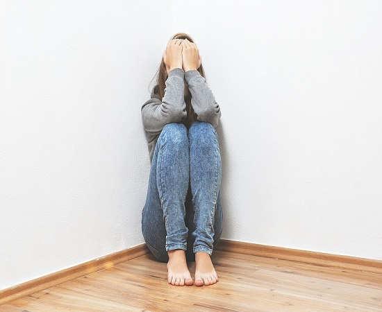 علت سردی مردان بی توجه بودن به همسر
